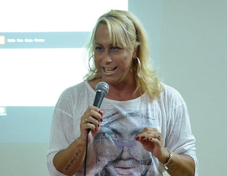 Sara Wagner York Jornal Prensa De Babel
